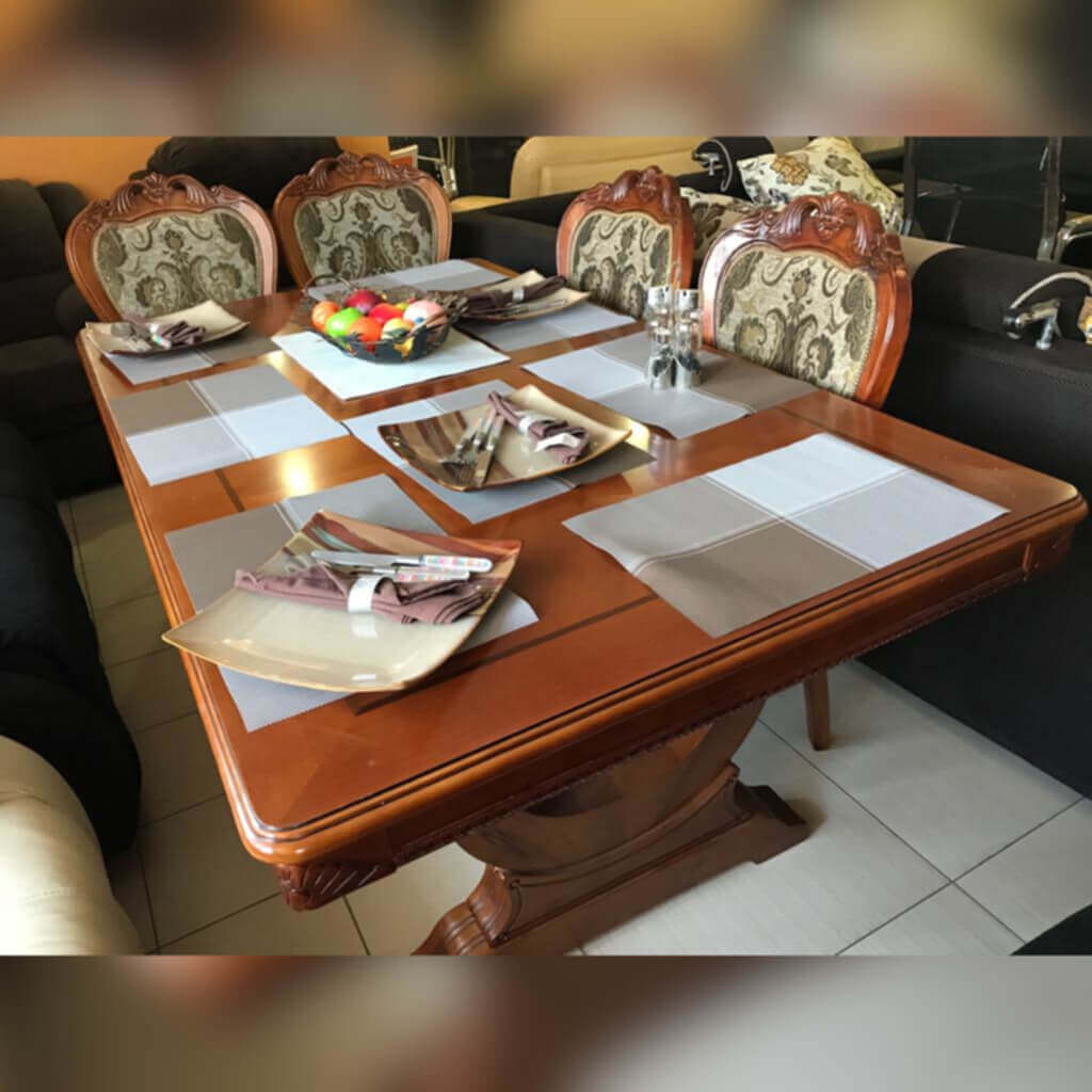 nice-traditional-dining-table-product-image